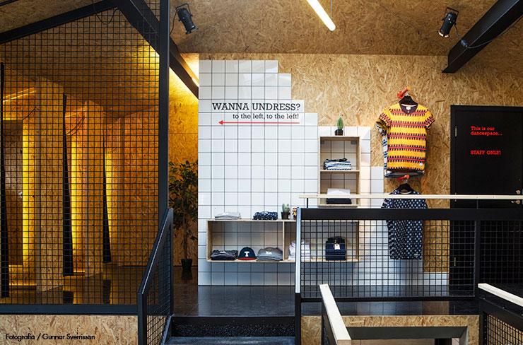 02-Suit-Store