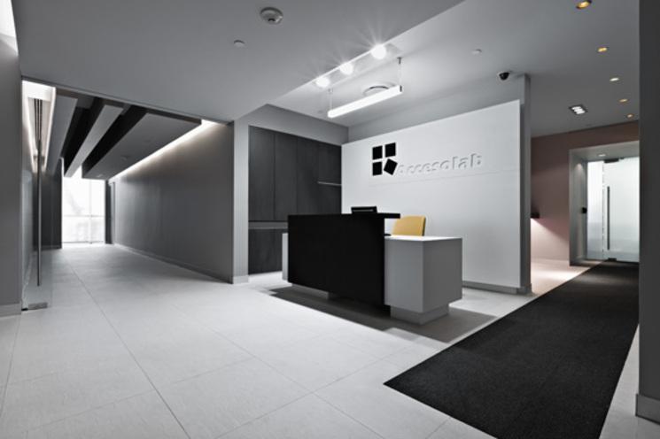 Interiorismo oficinas de accesolab por usoarquitectura for Interiorismo oficinas