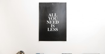 "Sobre la propaganda – ""All you need is less"""
