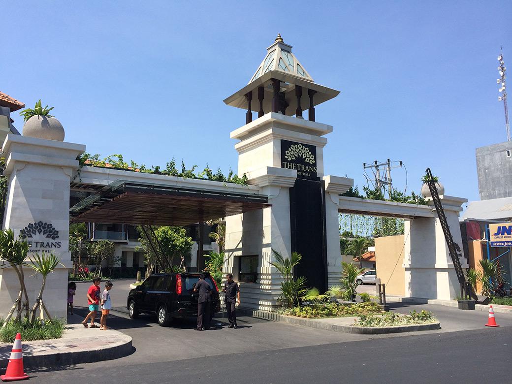 Arquitectura-balinesa-hotel-trans