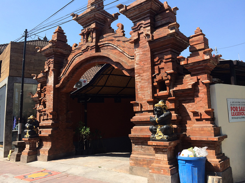 Arquitectura-balinesa-ricksaw