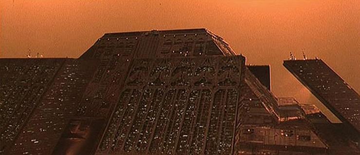 Blade-Runner-Tyrell-01
