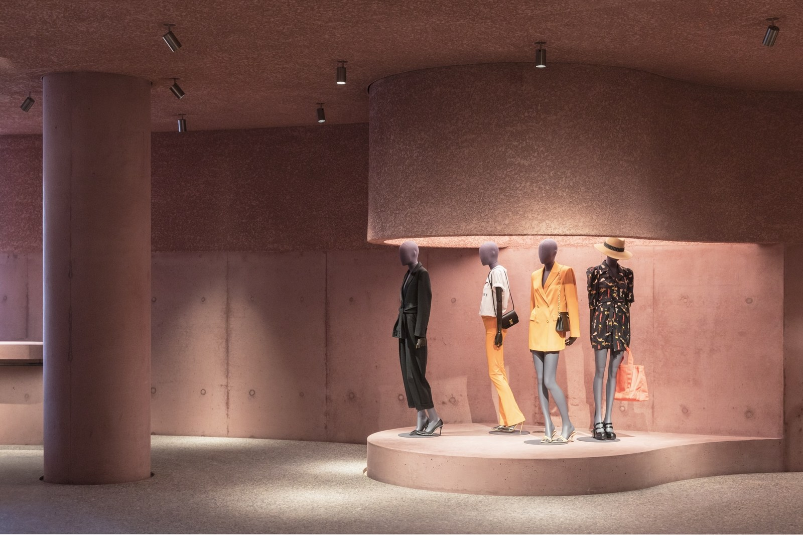 the webster Boutique rosa por david adjaye