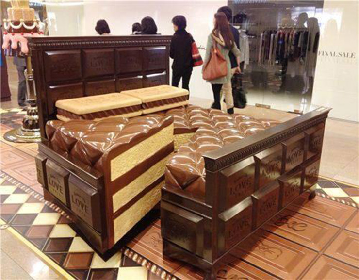 Cama de tarta de chocolate mobiliario para comer for Cama hamburguesa