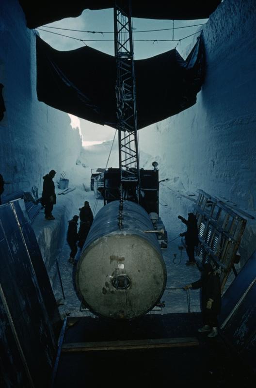 Camp Century - instalación de la mini central nuclear