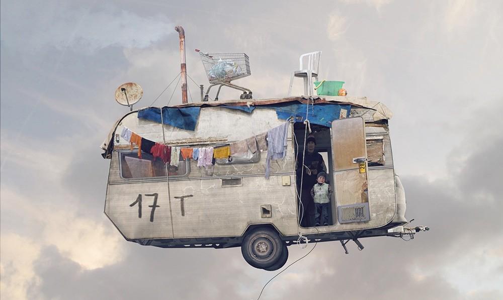 Casas Voladoras por Laurent Chéhère. Poéticas, testimoniales, trágicas y también cómicas