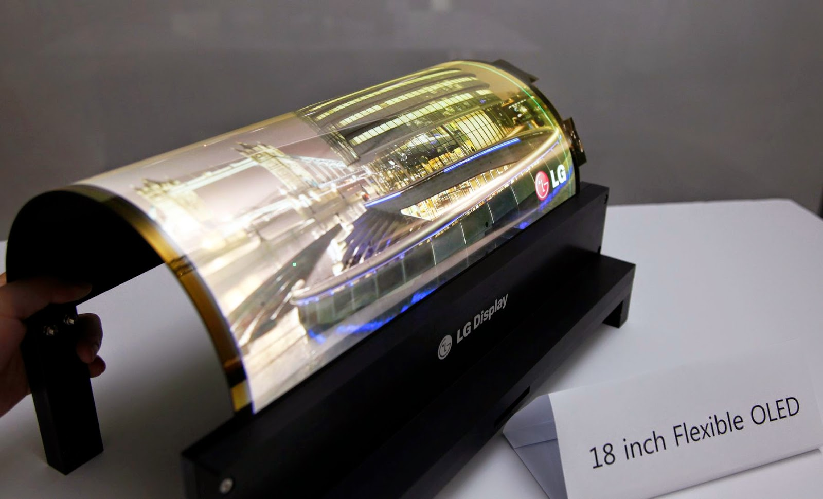 Dispositivos-inteligentes-Flexible-Rollable-OLED-lg-tv