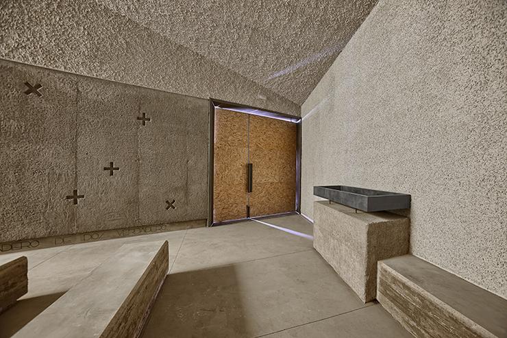 Ermita San Juan Bautista Beautell capilla hormigon