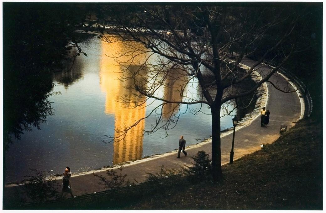 Imágenes de una ciudad mágica, el ensayo fotográfico neoyorkino de Ernst Haas