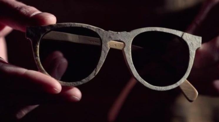 gafas de sol de piedra