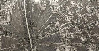 Daisuke Tajima y sus ciudades colmatadas de rascacielos