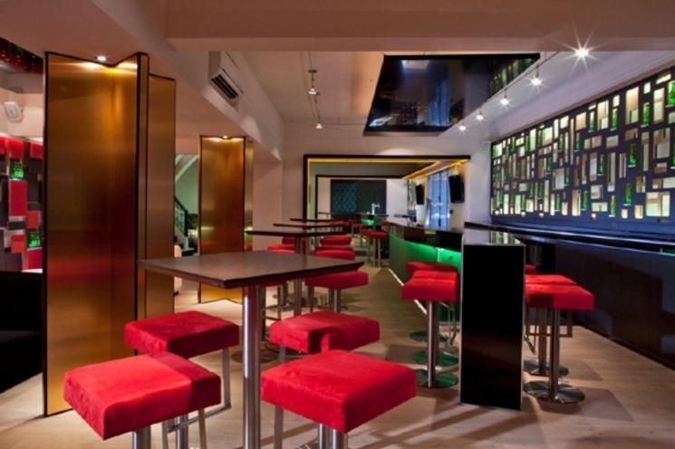 Heineken House de Art arquitectos