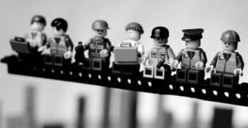 Fantásticas imágenes históricas recreadas con LEGO