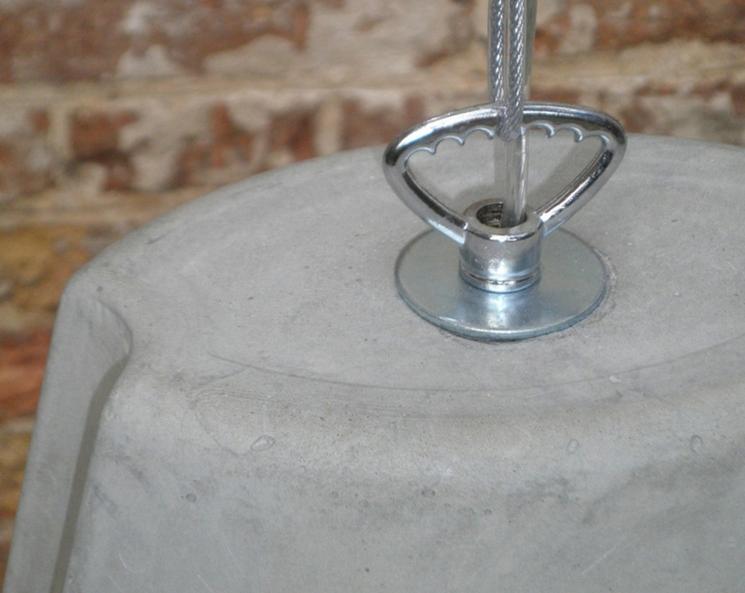 detalle lámpara de hormigón