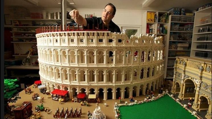Coliseo romano realizado con piezas de lego for Architecture modulaire definition