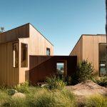 La casa estudio de Malcolm Davis frente al Océano Atlántico