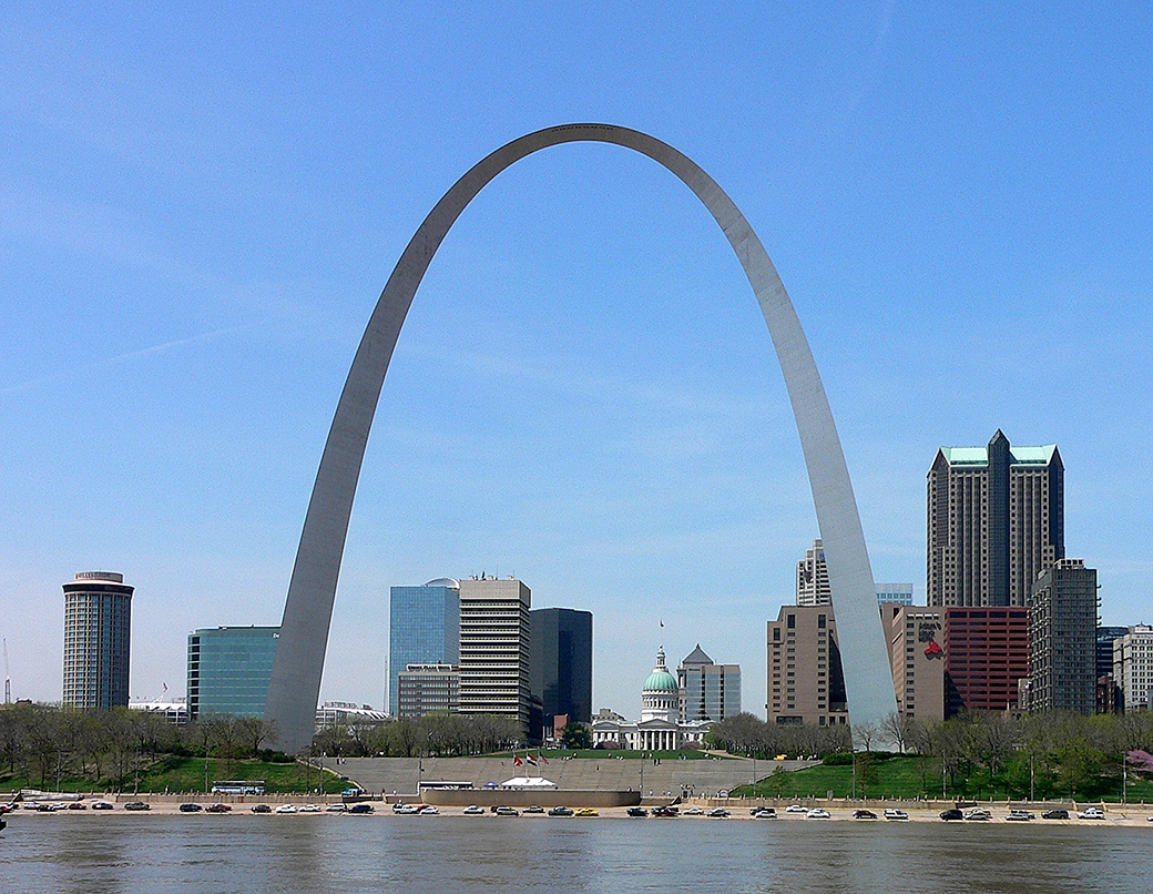 Mies-Saarinen-10-Gateway-Arch-San-Louis-Missouri