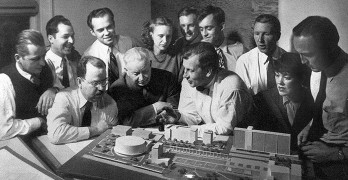 La influencia de Mies van der Rohe en la arquitectura de Eero Saarinen