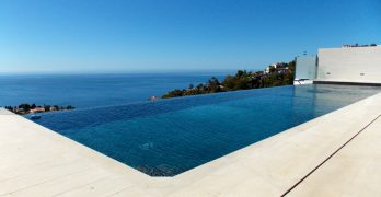 Cómo está evolucionando el diseño y construcción de piscinas