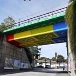 Puente de piezas de LEGO ® gigantes