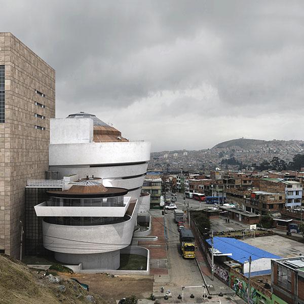 Rafael Uribe Uribe Existe Victor Enrich Guggenheim fotografía arquitectura