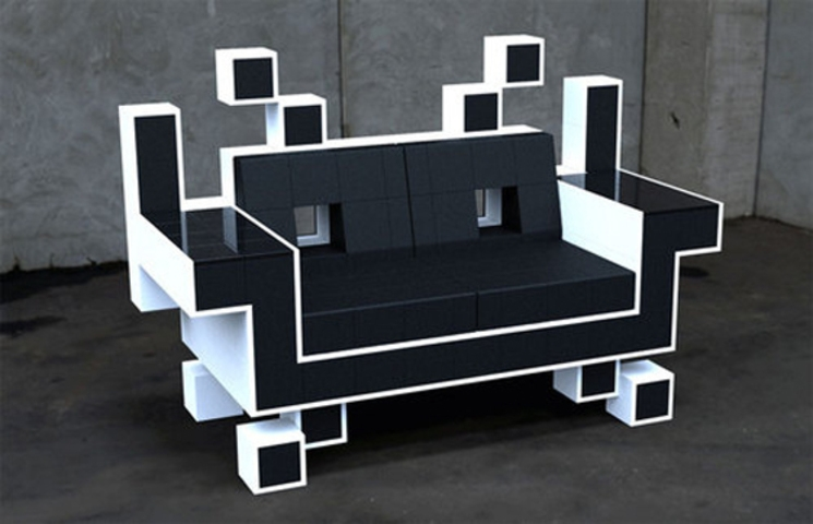 sofa space invaders