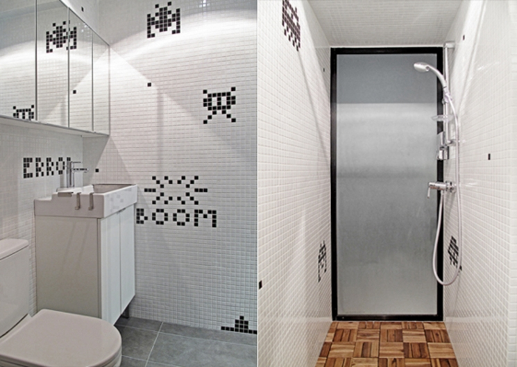 Baño decorado Space Invaders de OneByNine