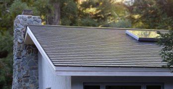 Instalados los primeros Tejados Solares Tesla en casas de sus empleados