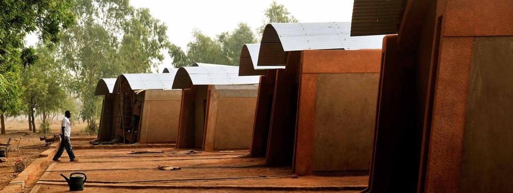Diébédo Francis Kéré - Viviendas para el profesorado en Gando