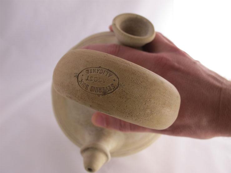 botijo-beber-cosas-de-arquitectos-ceramica-amano-alzada