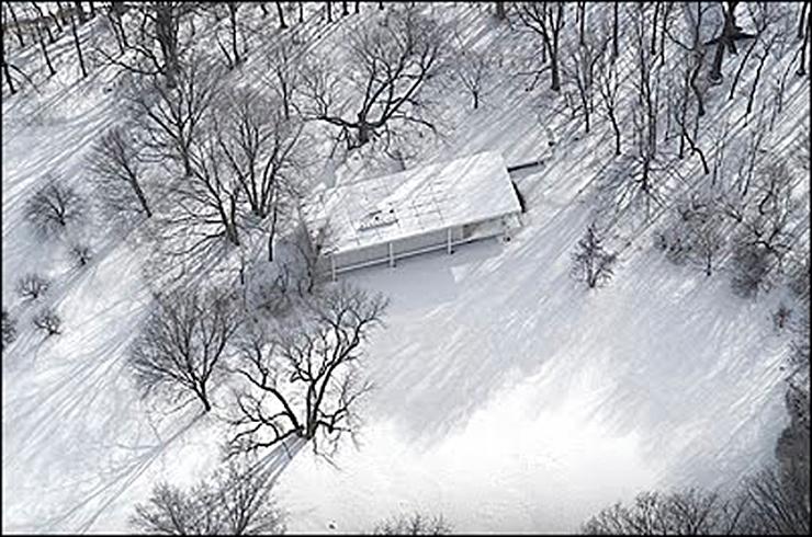 casa-farnsworth-mies-van-der-rohe-nevada-01