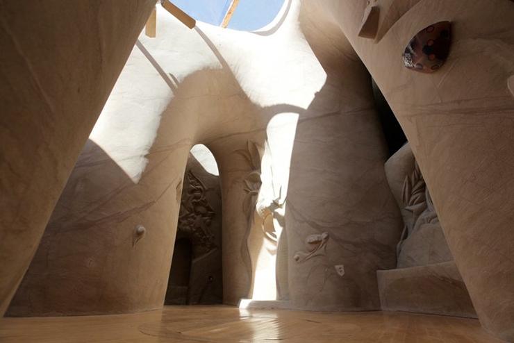 catedral-esculpida-en-la-roca-08