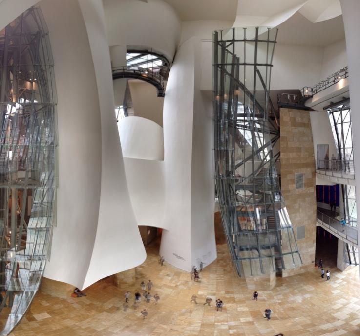 Museo Guggenheim Bilbao. Vista del atrio. Fotografía de FLICKR carlosviajero89