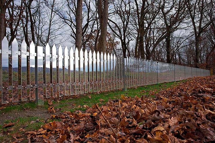 land-art-mirror-fence-shotz-04