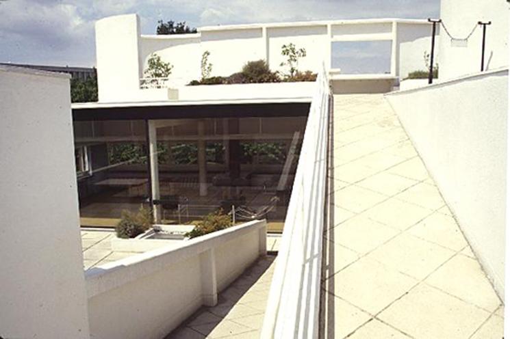 le-corbusier-villa-savoye-cubierta-02