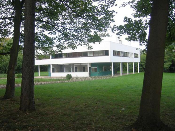 le-corbusier-villa-savoye-vista-exterior-02