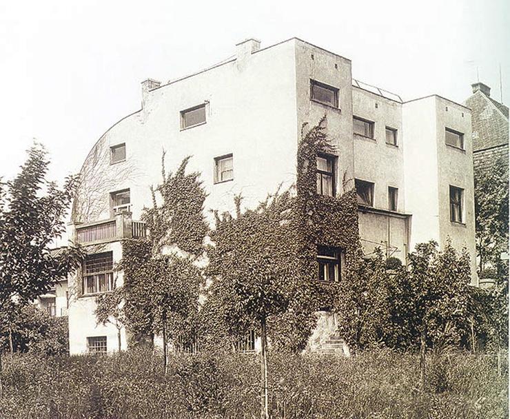 villa-steiner-adolf-loos-arquitectura-vista-exterior-02